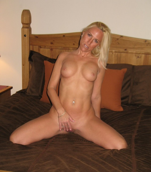 Anyone can fuck my wife
